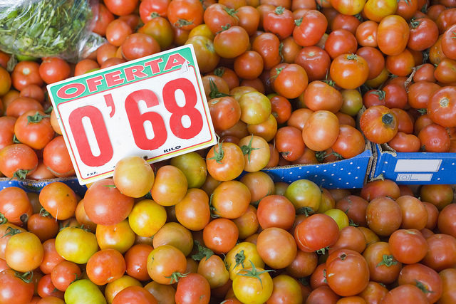 Tomatoes in a Gran Canaria market