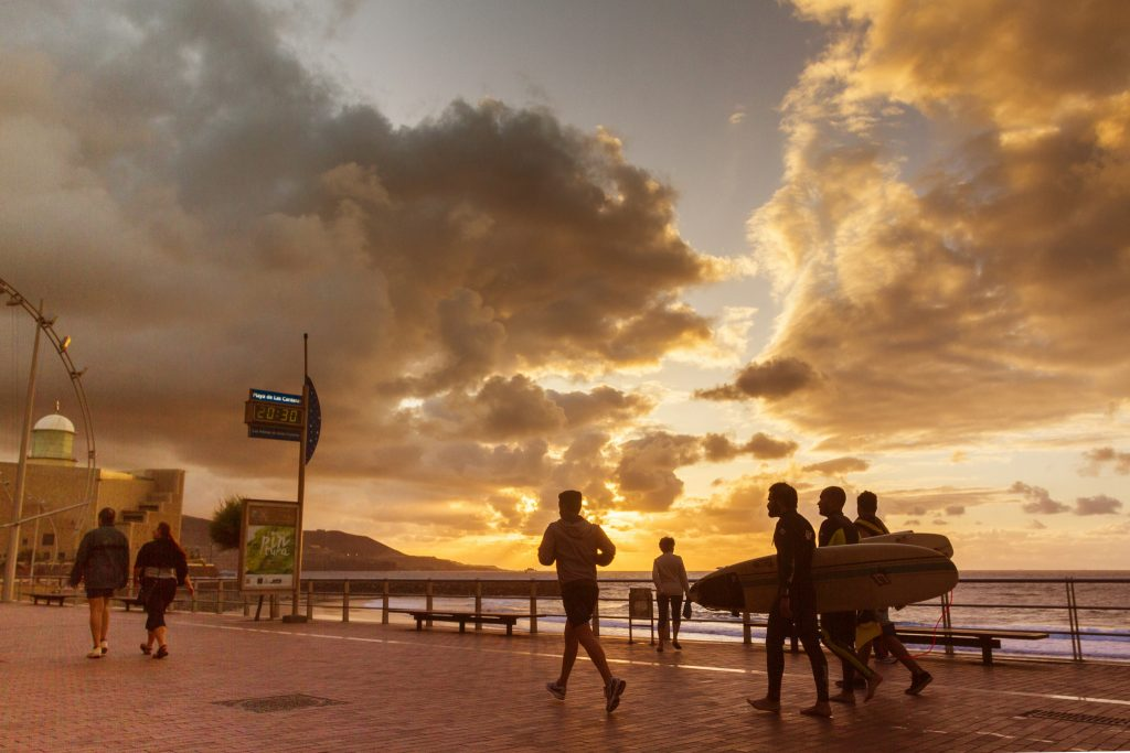 Las Palmas Town hall is not planning to ban jogging on Las Canteras beach