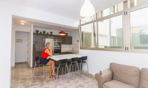 For sale: Three bedroom flat in the Guanarteme area of Las Palmas de Gran Canaria: Rental investment