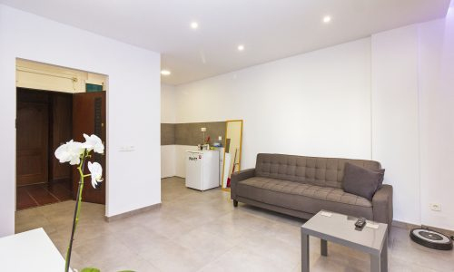 For Sale: Modern one-bedroom apartment close to Santa Catalina and Las Canteras beach