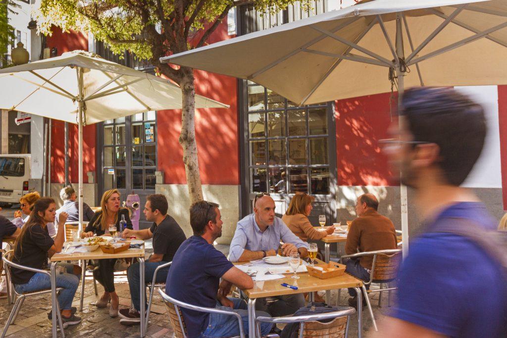 New food hall for Domingo J Navarro street in Triana, Las Palmas de Gran Canaria