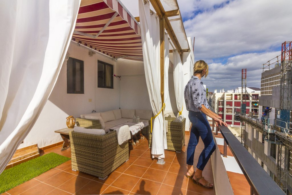 For Sale: Las Palmas de Gran Canaria Penthouse apartment with two bedrooms and large,sunny terrace.