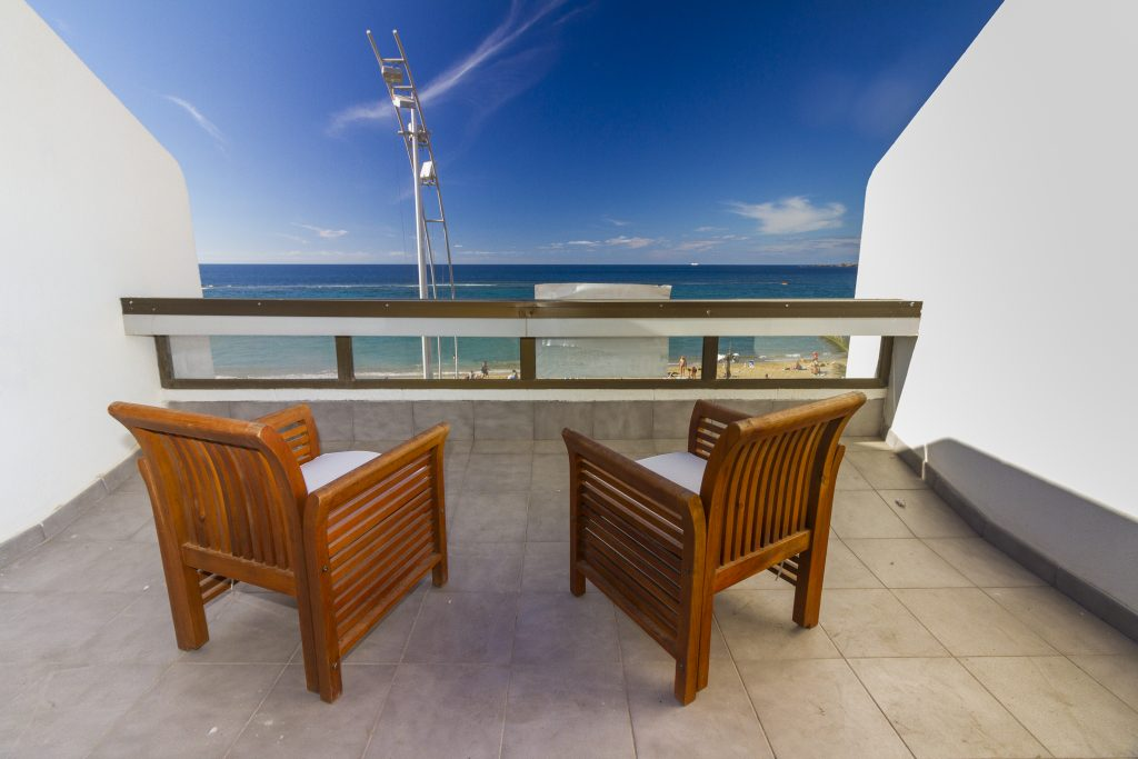 Terrace of excellent value Las Canteras beachfront apartment for sale
