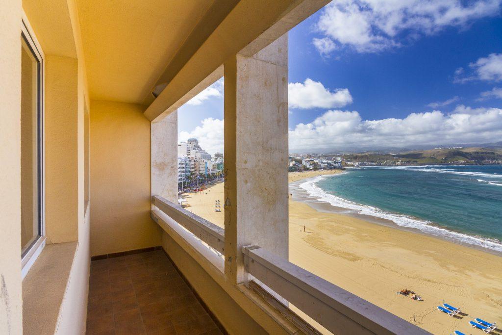 Beachfront apartment for sale in Las Palmas de Gran Canaria