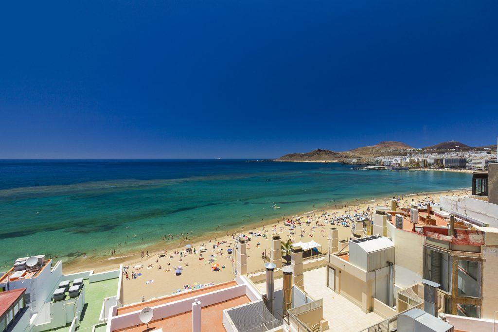 Las Palmas beachfront Penthouse sold in 2018 by Laura Leyshon